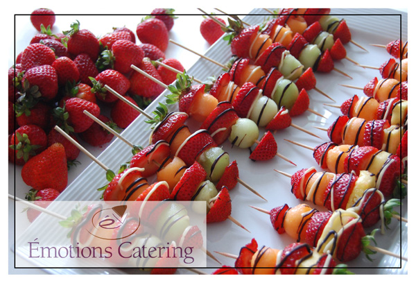 Juicy Strawberry Brochettes Drizzled with Chocolate